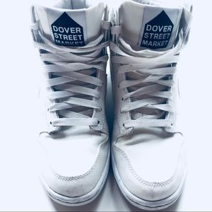 7264c35487cf Nike Shoes - DOVER STREET MARKET x NIKE COLLAB size 4.5 y or 6w